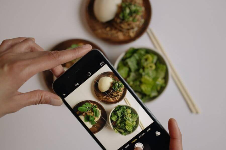 สำหรับธุรกิจอาหารเดลิเวอรี ภาพถ่ายอาหารถือเป็นตัวดึงดูดลูกค้า