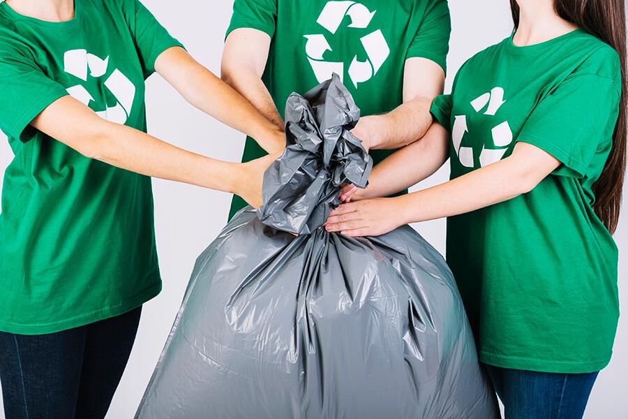 วิธีอนุรักษ์สิ่งแวดล้อม เลือกใช้ถุงขยะย่อยสลายได้